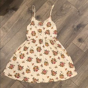 Forever 21 Cute Spring Floral Dress